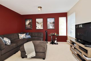 """Photo 15: 8438 214B Street in Langley: Walnut Grove House for sale in """"Forest Hills"""" : MLS®# R2317058"""