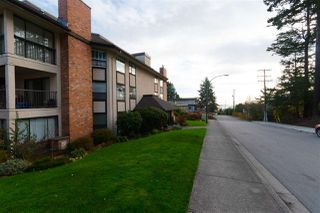 "Photo 3: 107 1480 VIDAL Street: White Rock Condo for sale in ""THE WELLINGTON"" (South Surrey White Rock)  : MLS®# R2325791"