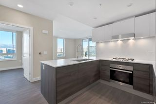 "Photo 3: 1102 6533 BUSWELL Street in Richmond: Brighouse Condo for sale in ""ELLE"" : MLS®# R2334022"