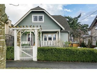 """Main Photo: 837 FOURTEENTH Street in New Westminster: West End NW House for sale in """"WEST END"""" : MLS®# R2334931"""
