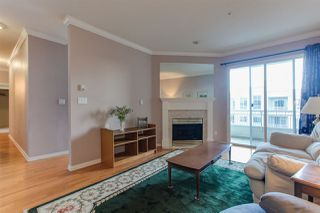 Photo 3: 416 3098 GUILDFORD Way in Coquitlam: North Coquitlam Condo for sale : MLS®# R2339304