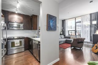 """Main Photo: 603 1010 HOWE Street in Vancouver: Downtown VW Condo for sale in """"1010 HOWE"""" (Vancouver West)  : MLS®# R2342979"""
