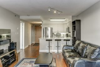 "Photo 10: 708 503 W 16TH Avenue in Vancouver: Fairview VW Condo for sale in ""PACIFICA"" (Vancouver West)  : MLS®# R2356509"