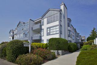 """Photo 28: 105 15131 BUENA VISTA Avenue: White Rock Condo for sale in """"BAY POINTE"""" (South Surrey White Rock)  : MLS®# R2357052"""