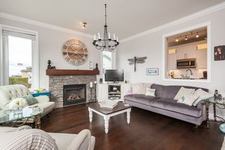 """Photo 7: 105 15131 BUENA VISTA Avenue: White Rock Condo for sale in """"BAY POINTE"""" (South Surrey White Rock)  : MLS®# R2357052"""