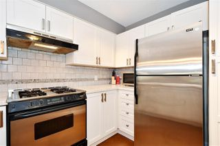 "Photo 8: 110 2181 W 12TH Avenue in Vancouver: Kitsilano Condo for sale in ""THE CARLINGS"" (Vancouver West)  : MLS®# R2359551"