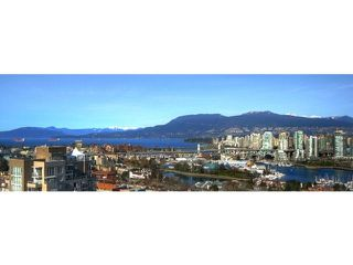 "Photo 18: 1602 1068 W BROADWAY in Vancouver: Fairview VW Condo for sale in ""THE ZONE"" (Vancouver West)  : MLS®# R2361747"