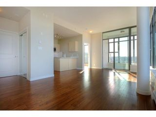 "Photo 8: 1602 1068 W BROADWAY in Vancouver: Fairview VW Condo for sale in ""THE ZONE"" (Vancouver West)  : MLS®# R2361747"