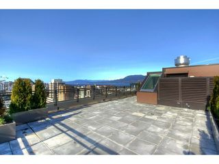 "Photo 16: 1602 1068 W BROADWAY in Vancouver: Fairview VW Condo for sale in ""THE ZONE"" (Vancouver West)  : MLS®# R2361747"
