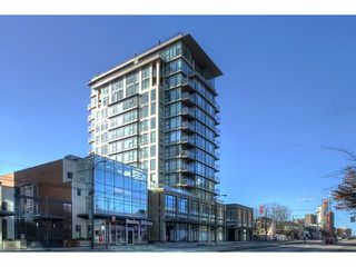 "Photo 1: 1602 1068 W BROADWAY in Vancouver: Fairview VW Condo for sale in ""THE ZONE"" (Vancouver West)  : MLS®# R2361747"