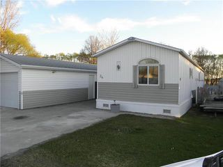 Photo 1: 34 Vernon Keats Drive in St Clements: Pineridge Trailer Park Residential for sale (R02)  : MLS®# 1912649