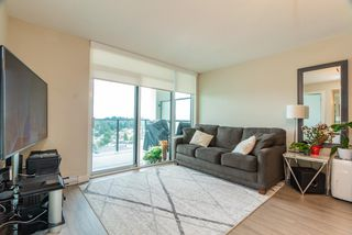Photo 3: 2105 570 EMERSON Street in Coquitlam: Coquitlam West Condo for sale : MLS®# R2374482