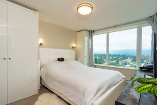 Photo 7: 2105 570 EMERSON Street in Coquitlam: Coquitlam West Condo for sale : MLS®# R2374482