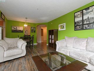 Photo 5: 203 799 Blackberry Rd in VICTORIA: SE High Quadra Condo Apartment for sale (Saanich East)  : MLS®# 816789