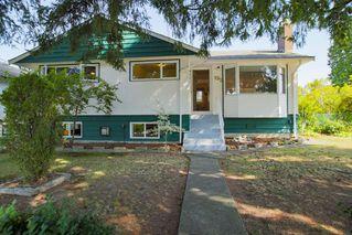 Main Photo: 952 BALBIRNIE Boulevard in Port Moody: Glenayre House for sale : MLS®# R2394652