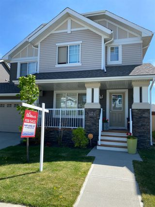 Main Photo: 1013 162 Street SW in Edmonton: Zone 56 House Half Duplex for sale : MLS®# E4199743