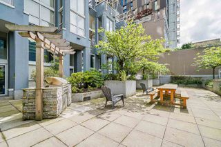 """Photo 23: 316 933 SEYMOUR Street in Vancouver: Downtown VW Condo for sale in """"THE SPOT"""" (Vancouver West)  : MLS®# R2475342"""
