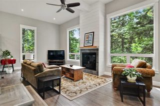 Photo 2: 9350 209 Street in Langley: Walnut Grove House for sale : MLS®# R2489319