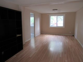 Photo 4: 30 Ridgewood Terrace in St. Albert: Townhouse for rent