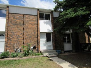 Photo 1: 30 Ridgewood Terrace in St. Albert: Townhouse for rent