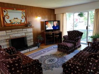 Photo 4: 488 E 49TH Avenue in Vancouver: South Vancouver House for sale (Vancouver East)  : MLS®# R2492511