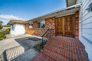 """Photo 4: 7466 184 Street in Surrey: Clayton House for sale in """"West Clayton"""" (Cloverdale)  : MLS®# R2506315"""