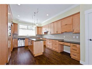 Photo 5: A2 311 LAVAL Square in Coquitlam: Maillardville Townhouse for sale : MLS®# V896934