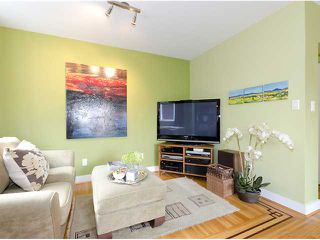 Photo 2: 981 W 21ST Avenue in Vancouver: Cambie House for sale (Vancouver West)  : MLS®# V899279