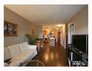 Photo 2: 706 2770 SOPHIA Street in Vancouver: Mount Pleasant VE Condo for sale (Vancouver East)  : MLS®# V787094