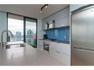 Photo 11: 2304 108 West Cordova Street in Vancouver: Condo for sale : MLS®# 963763