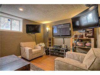 Photo 13: 869 QUEENSLAND Drive SE in CALGARY: Queensland Residential Attached for sale (Calgary)  : MLS®# C3616074