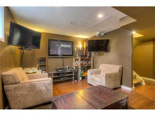 Photo 15: 869 QUEENSLAND Drive SE in CALGARY: Queensland Residential Attached for sale (Calgary)  : MLS®# C3616074