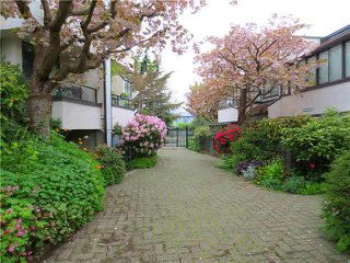 "Photo 19: 1226 ISLAND PARK Walk in Vancouver: False Creek Townhouse for sale in ""ALDER BAY PLACE"" (Vancouver West)  : MLS®# V1090201"