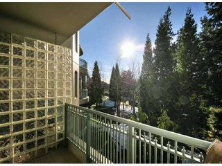"Photo 12: 305 1725 MARTIN Drive in Surrey: Sunnyside Park Surrey Condo for sale in ""SOUTHWYND"" (South Surrey White Rock)  : MLS®# F1427868"