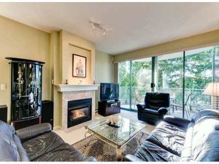"Photo 5: 305 1725 MARTIN Drive in Surrey: Sunnyside Park Surrey Condo for sale in ""SOUTHWYND"" (South Surrey White Rock)  : MLS®# F1427868"