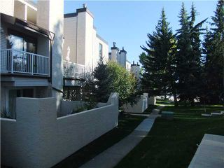Photo 13: 206 13104 ELBOW Drive SW in Calgary: Canyon Meadows Townhouse for sale : MLS®# C3586785