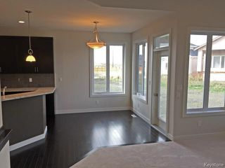 Photo 8: 11 GREENSTONE Bay in Winnipeg: Residential for sale : MLS®# 1500824