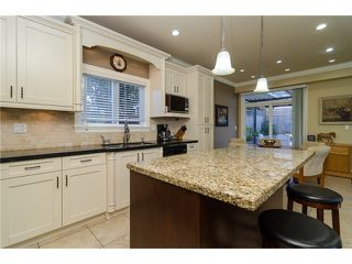 Photo 6: 1595 KEIL Street: White Rock House for sale (South Surrey White Rock)  : MLS®# F1433703
