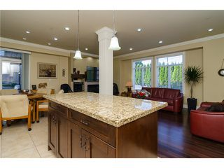 Photo 8: 1595 KEIL Street: White Rock House for sale (South Surrey White Rock)  : MLS®# F1433703