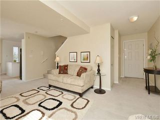 Photo 9: 306 873 Esquimalt Road in VICTORIA: Es Old Esquimalt Condo Apartment for sale (Esquimalt)  : MLS®# 350436