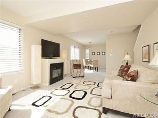 Photo 7: 306 873 Esquimalt Road in VICTORIA: Es Old Esquimalt Condo Apartment for sale (Esquimalt)  : MLS®# 350436