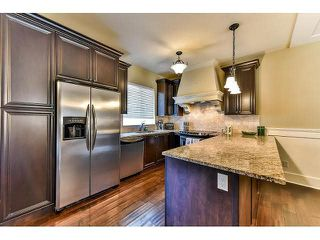 """Photo 6: 21 3268 156A Street in Surrey: Morgan Creek Townhouse for sale in """"Gateway"""" (South Surrey White Rock)  : MLS®# F1448012"""