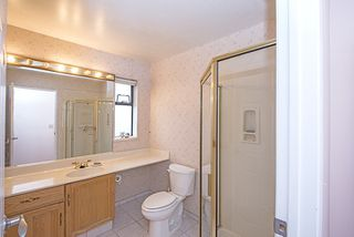 """Photo 9: 201 15153 98 Avenue in Surrey: Guildford Townhouse for sale in """"Glenwood Village"""" (North Surrey)  : MLS®# R2020396"""
