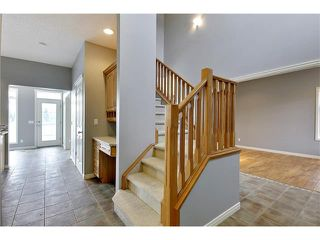 Photo 10: 19 HIDDEN CREEK Green NW in Calgary: Hidden Valley House for sale : MLS®# C4047943
