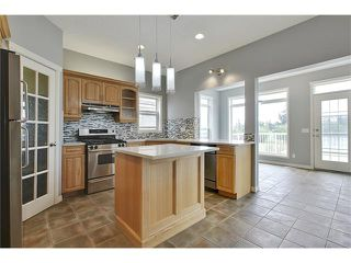 Photo 11: 19 HIDDEN CREEK Green NW in Calgary: Hidden Valley House for sale : MLS®# C4047943
