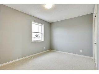 Photo 25: 19 HIDDEN CREEK Green NW in Calgary: Hidden Valley House for sale : MLS®# C4047943