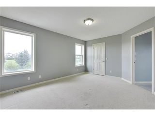 Photo 21: 19 HIDDEN CREEK Green NW in Calgary: Hidden Valley House for sale : MLS®# C4047943