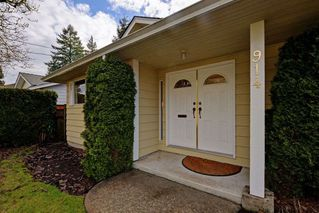 "Photo 2: 914 RUNNYMEDE Avenue in Coquitlam: Coquitlam West House for sale in ""COQUITLAM WEST"" : MLS®# R2032376"