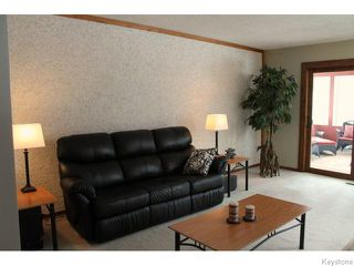 Photo 5: 63 Addington Bay in WINNIPEG: Charleswood Residential for sale (South Winnipeg)  : MLS®# 1603948