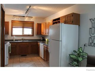 Photo 7: 63 Addington Bay in WINNIPEG: Charleswood Residential for sale (South Winnipeg)  : MLS®# 1603948